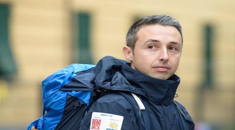 Osky, il ragazzo che percorre l'Italia a piedi per Aism